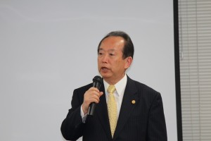古谷会長による開会の辞
