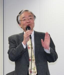 講師の小野弁理士は、「自分なりの考え方を伸ばし、いい明細書が書けるようにがんばっていただきたい。」と修了生にメッセージを送った。
