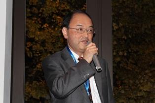 乾杯にあたって一言述べる 日本商標協会 遠藤 明 副会長